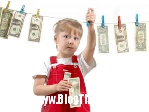 20130607100841 money3 300x225 10 phong tục lạ chào đón trẻ sơ sinh trên thế giới