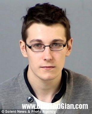Ryan Ra hầu tòa vì không thích cái tên Harry Porter