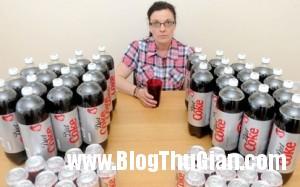 ba me uong 16 lit nuoc coca moi ngay 300x187 Cô gái nghiện uống 16lits coca mỗi ngày