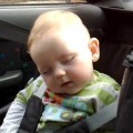 clip bé buồn ngủ cực yêu.