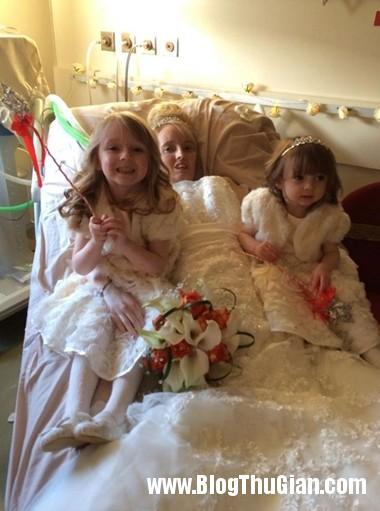 dam cuoi tren giuong benh001 2 7786 9181 13941888975 Cô gái suy dinh dưỡng hạnh phúc với đám cưới .