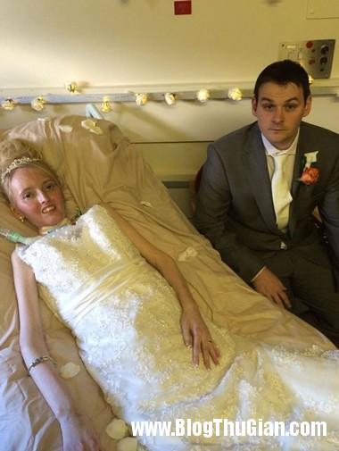 dam cuoi tren giuong benh004 2 1974 3342 1394188897.3jpg Cô gái suy dinh dưỡng hạnh phúc với đám cưới .
