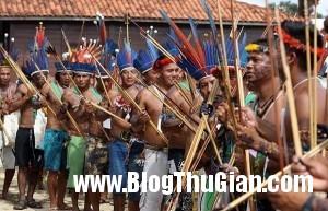 phong tuc uop dau kinh di cua bo toc noi tieng thu dai 300x193 Những phong tục kỳ quái của bộ tộc thù dai nhất