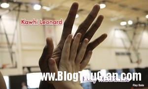 140414 5tay c30ce 300x180 Choáng với vận động viên bóng rổ có đôi bàn tay dài gần 30cm