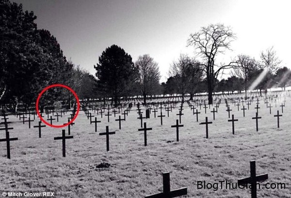 140624 1ma dcd47 Hồn ma binh lính bất giờ xuất hiện ở nghĩa trang