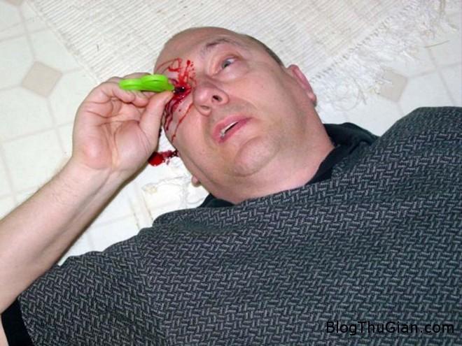 ChuckLamb 3 Bỏ nghề kỹ sư để làm xác chết