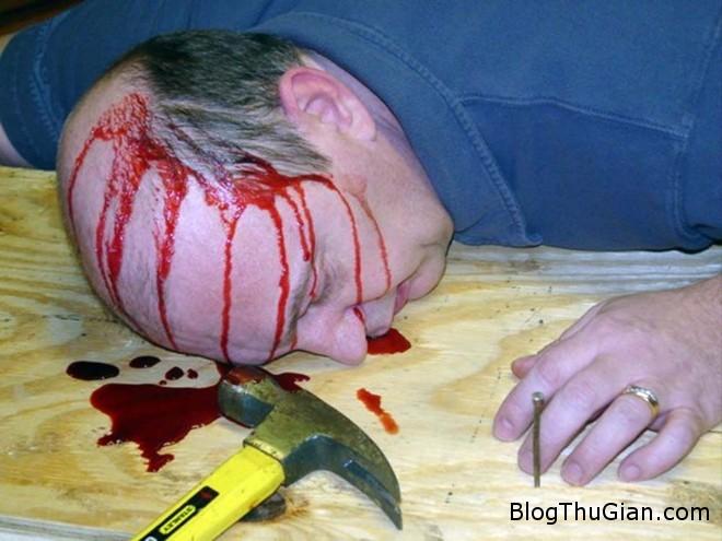 ChuckLamb 5 Bỏ nghề kỹ sư để làm xác chết