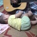 Đúng kiểu ba kể con nghe . Mai có con cũng hát cho nó nghe như này =))