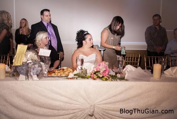 rot nuoc mat dam cuoi khong chu re11 Người mẹ vĩ đại tổ chức đám cưới không chú rể cho cô con gái bệnh down