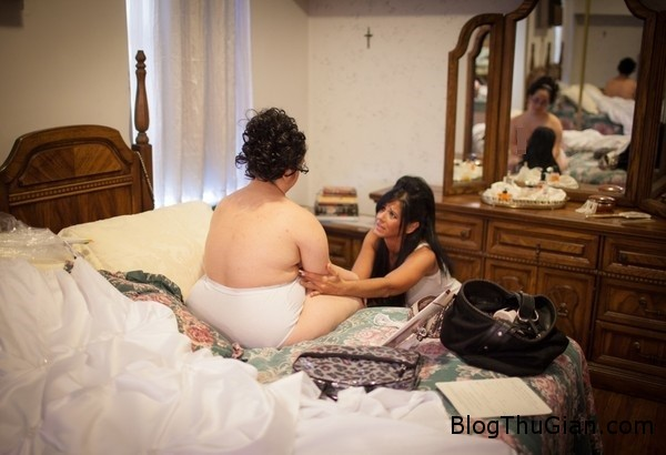 rot nuoc mat dam cuoi khong chu re5 Người mẹ vĩ đại tổ chức đám cưới không chú rể cho cô con gái bệnh down