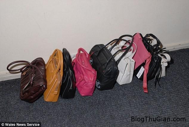 thegioi tui xach 2 Người phụ nữ ăn cắp hơn 900 túi sách hàng hiệu mà không bị phát hiện