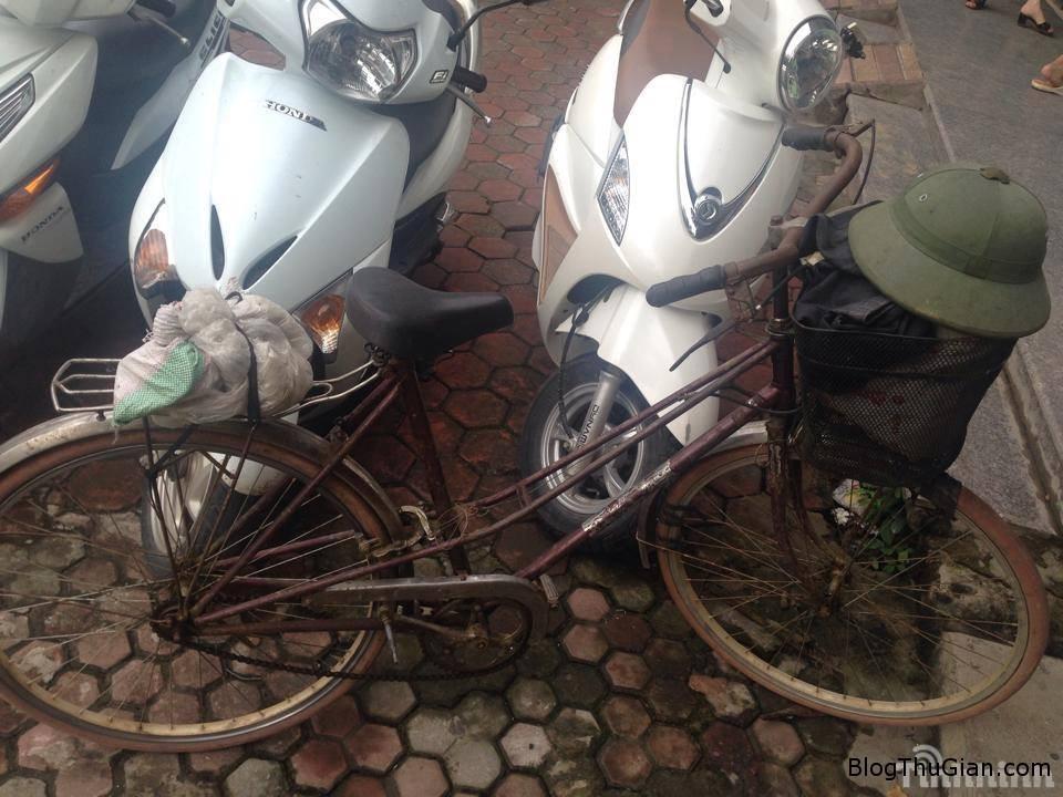 cu ong 84 tuoi dap xe 220km de bao hanh dien thoai1 Cụ ông 84 tuổi vượt hơn 200km để bảo hành điện thoại 200k