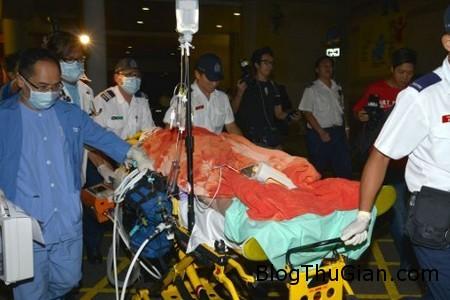 Die by champagne 1 d83cc Tỷ phú Hong Kong chết trong ngay tại chỗ chỉ vì cái nút chai trong tiệc sinh nhật của mình