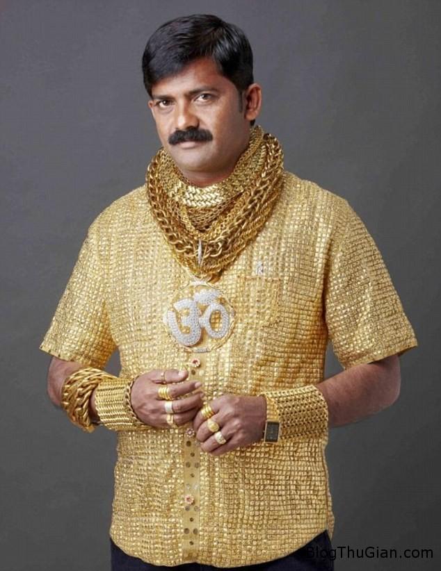 g4 Chi hơn 203.000USD để thực hiện ước mơ may áo bằng vàng thiệt