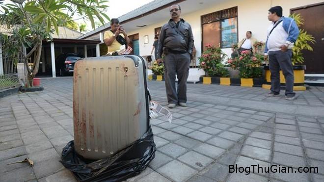 vali 1 Chỉ vì cải nhau, con gái giết mẹ rồi giấu xác vào vali