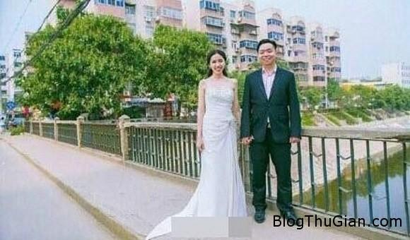 be 6 tuoi tu hua hon va thuc hien loi hua 18 nam sau1 Ngưỡng mộ mối tình 18 năm của cặp đôi mới 24t