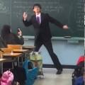 Phát cuồng với clip thầy giáo nhảy tặng nữ sinh