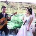 Chú rể đàn, cô dâu hát, đáng yêu thật