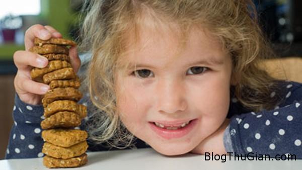 girl 3536 1413367119 Mới 6 tuổi đã có thương hiệu bánh quy riêng cho mình