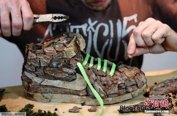 chiec giay doc nhat vo nhi lam tu vo cay1 Nghệ sỹ chuyên chế tác giày từ nhiên liệu tự nhiên