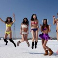 Bikini-snow-1-e530e