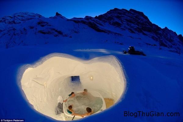 doc dao khach san hoan toan bang tuyet tren nui1 Độc đáo khách được xây hoàn toàn bằng tuyết
