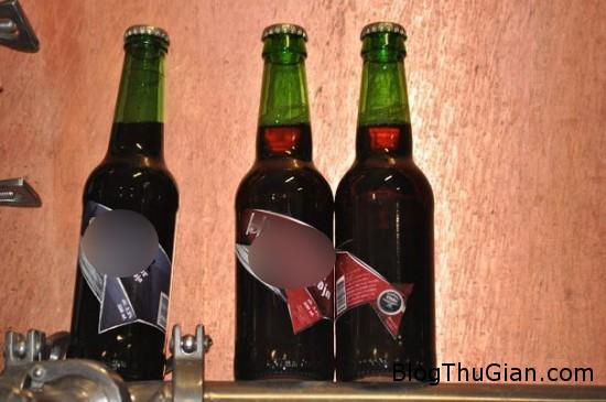 lam bia bang tinh hoan ca voi  Loại bia đặc biệt làm từ tinh hoàn cá voi hun khói bằng phân cừu khô.