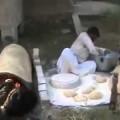 Thì ra cái mền ở Ả Rập được làm như thế này