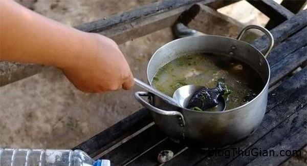 ki la con ca sat giup chua benh thieu mau o campuchia 5 Con cá sắt kỳ diệu làm thay đổi cuộc sống người dân Campuchia