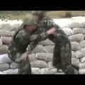 Anh lính tập nén lựu đạn và cái kết bất ngờ