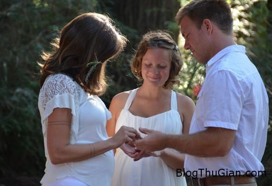 man2 9895 1426040583 Cặp đôi đồng tính cưới chung một chồng