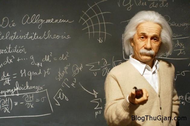 1438738214 1438693684 thong minh04 Cô bé có chỉ số IQ cao hơn cả Albert Einstein