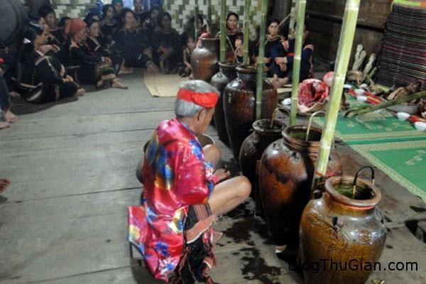 163851 f1 Tập tục lạ về an táng ở Việt Nam