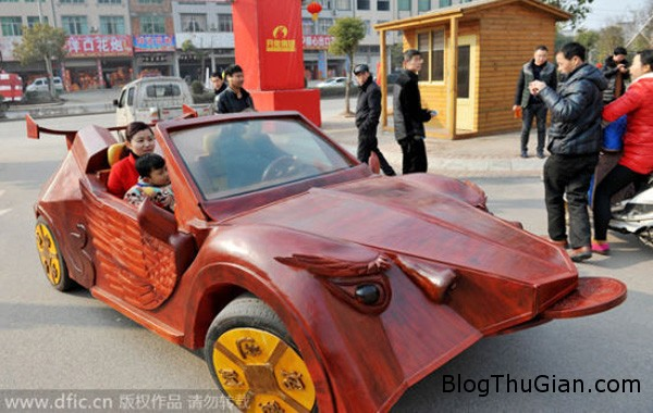 car5 6334 1423627208 Anh nông dân tự chế xe thể thao bằng gỗ tặng vợ