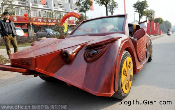 car6 7853 1423627208 Anh nông dân tự chế xe thể thao bằng gỗ tặng vợ