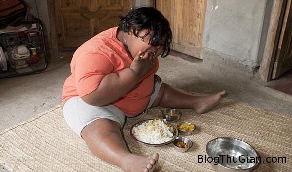 girl1 6566 1407228604 Bé gái Ấn Độ 9 tuổi nặng 92 kg