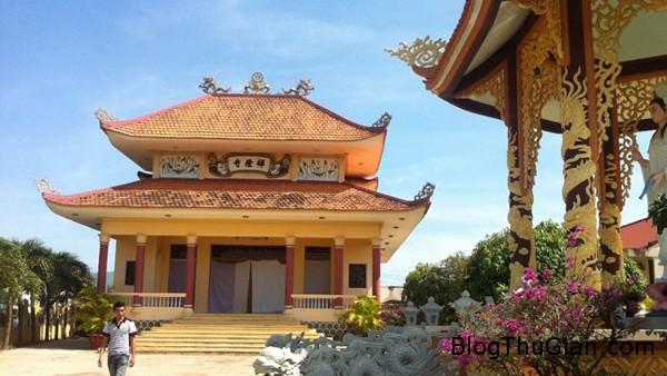H1 GVBS JPG 9125 1389583840 Đàn rắn ở chùa quăng mình xuống chánh điện nghe kinh