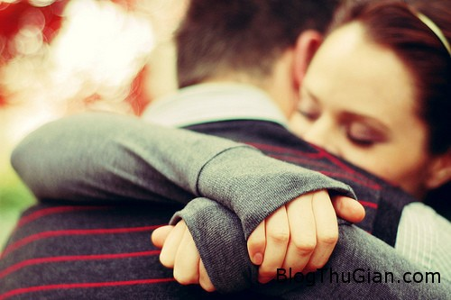 couple 6832 1381110648 Mất mạng khi đang ôm bạn trai