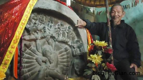 """phu nhan1 1 6805 1390020529 Bức tượng linh thiêng được vua sắc phong """"Kỳ thạch phu nhân"""""""