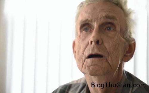 man 1375504024 600x0 Hết mù mắt sau 66 năm