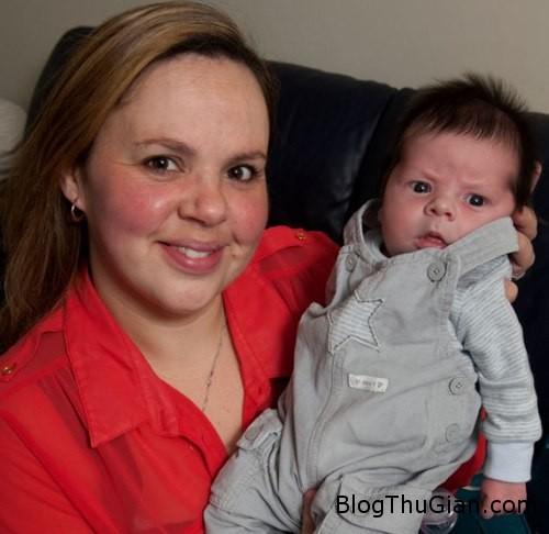 mum1 811726 1368264598 600x0 Biết mình có thai vài tiếng trước khi sinh con