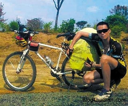 dap xe tu trung quoc den chau phi de ha hoa sau xung dot voi nguoi yeu Cãi nhau, cặp đôi đạp xe từ Trung Quốc đến Châu Phi để giải tỏa căng thăng