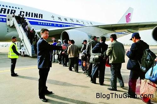 luggage 260856 1368250982 500x0 Mặc tất cả quần áo lên người để tránh phí sân bay