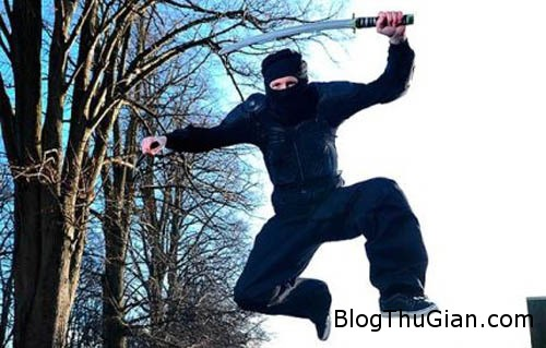 man 293307 1368251801 500x0 Bị bắt vì muốn làm hiệp sĩ trừ gian diệt ác