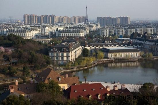 paris2 353962 1368302774 600x0 Có một Paris thu nhỏ trong lòng Trung Quốc