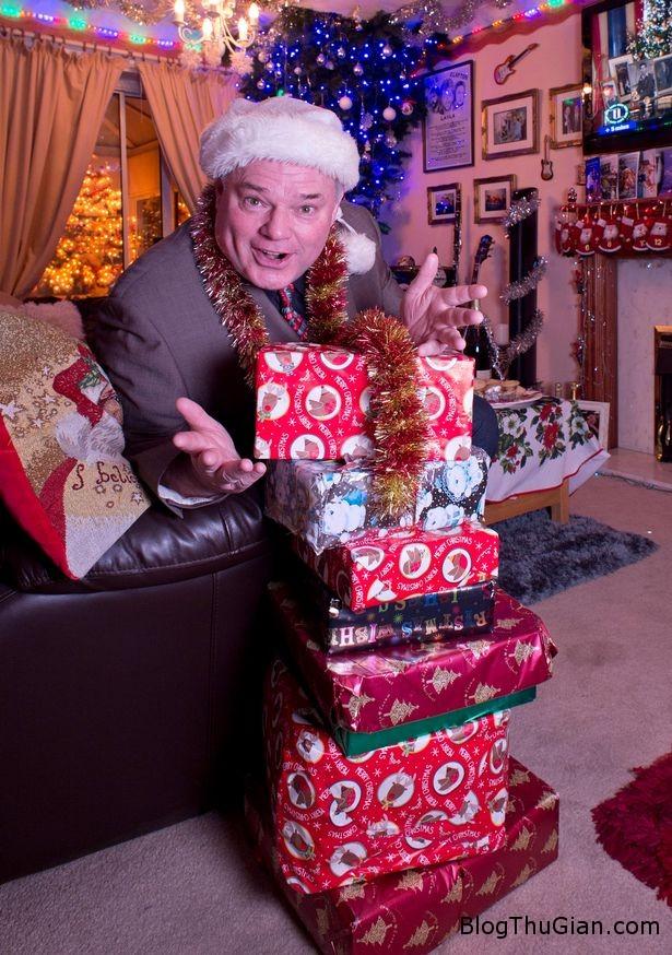 1450638626 1450638258 andy parks aka mr christmas Người đàn ông tổ chức lễ Giáng sinh mỗi ngày trong suốt 22 năm