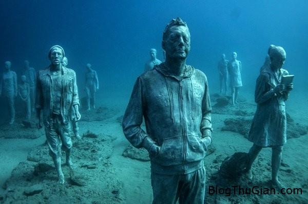 chuyen la co that bao tang duuoi day bbien  55612 zoom Choáng ngợp với bảo tàng nghệ thuật dưới đáy biển