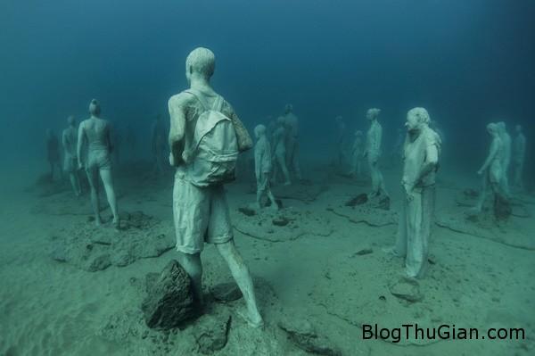 chuyen la co that bao tang duuoi day bien 1  65593 zoom Choáng ngợp với bảo tàng nghệ thuật dưới đáy biển