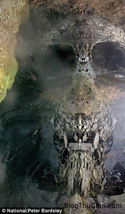 tinhhoa.net 1MGoeq 20160202 ho nuoc co hinh hop so dang so nhat nuoc anh Hồ nước bí ẩn có hình dáng một chiếc hộp sọ đáng sợ ở Anh